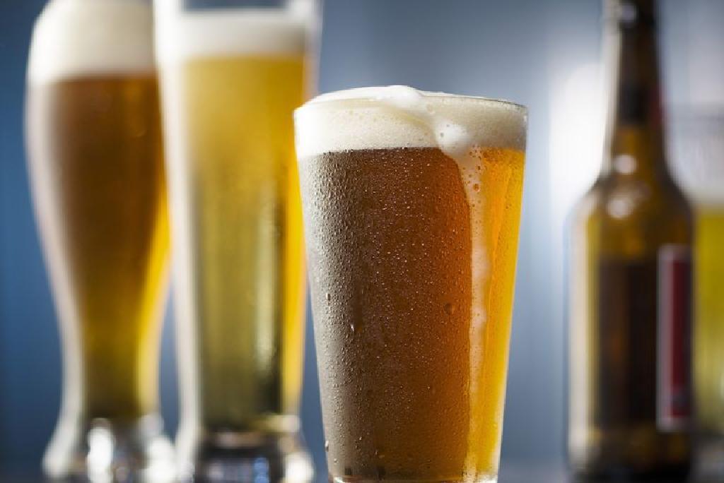 bea mai puțină bere pierde în greutate cum să-ți ardă toată grăsimea din corp